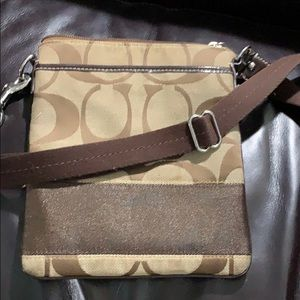 Coach Signature brown crossbody BNWT